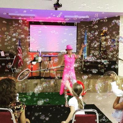 Bubble show 4