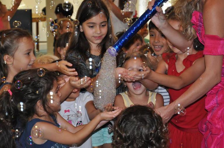 bubbles show Blog